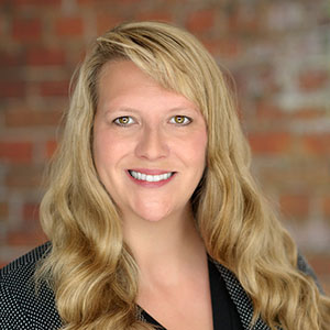 Hotel Sales Consultant - Lori